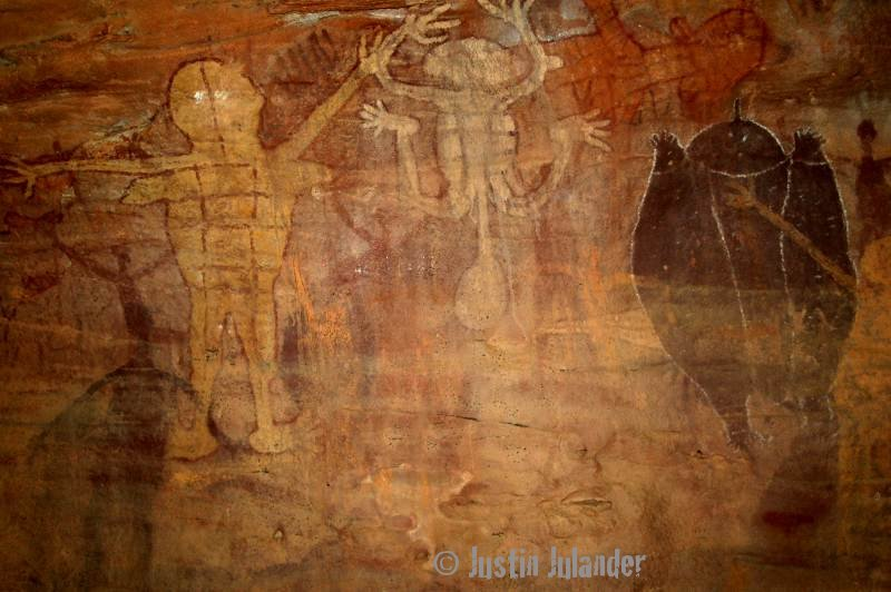 Aboriginal art at                 Lara